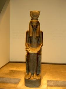 Statue_of_Egyptian_Goddess_Hathor_from_Luxur_Museum_Egypt