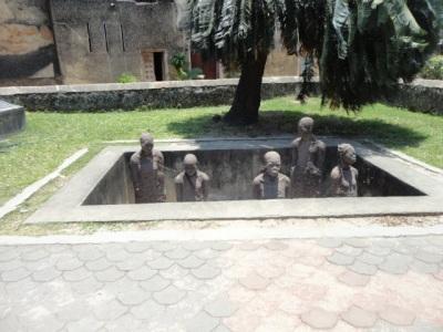 slaves in pit