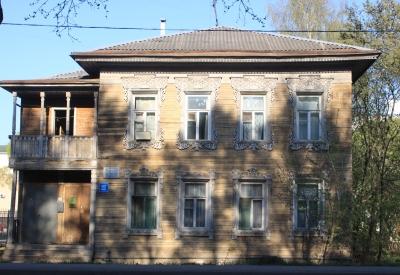 Типичный_деревянный_дом_в_Вологде