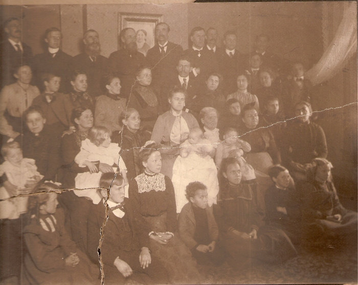 Mattson, Olson, Bergman, Zander families 1900