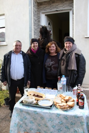 Hospitality to strangers in Ksiropotamos (photo: Lenka Harmon)