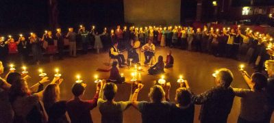 rmenian candle dance with Laura Shannon and musicians Kostantis Kourmadias & Nikolas Angelopoulos, at the 2015 Findhorn Festival of Sacred Dance, Music and Song, in the Universal Hall, Findhorn, Scotland. Photo by Hugo Klip.