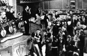 Dancing-Ritz-Ballroom-1930-300x194