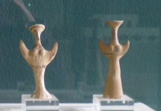 1300-1230 BCE - Mycenean' psi' Goddesses with upraised arms