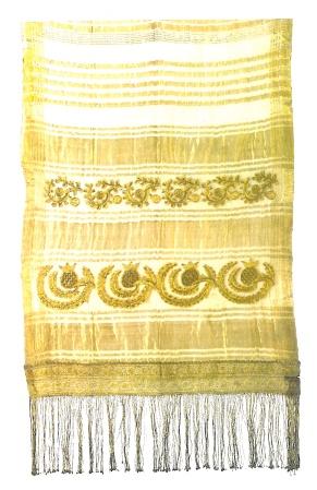 Silk and gold veil (bólia) from Salamína with design of enclosed pomegranates