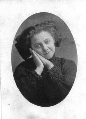 annie-corliss-young
