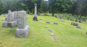 iloff-grave-with-emma-agnes-mother-father