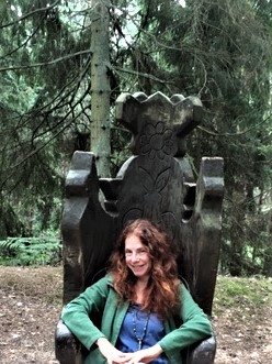 lithuania witch throne (2)