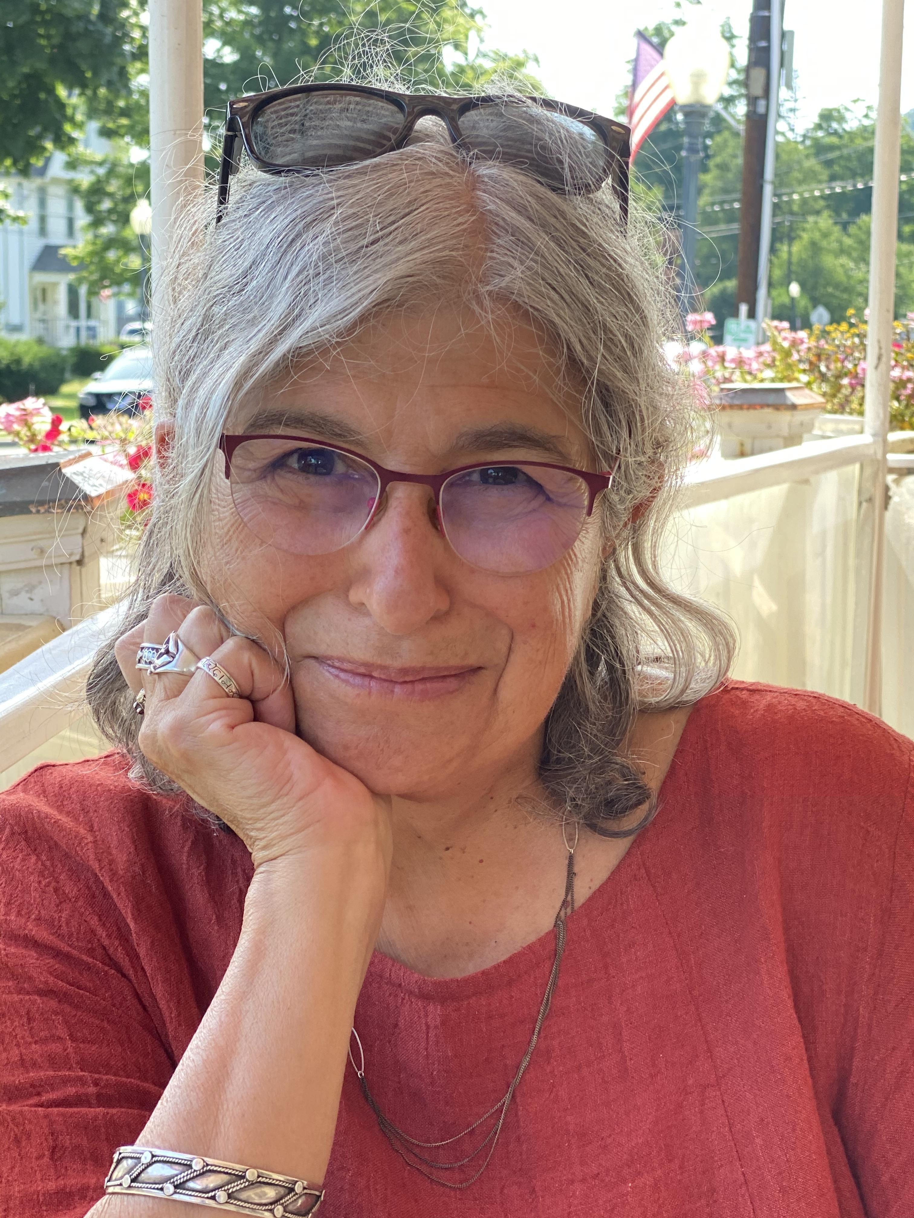 Joyce Zonana